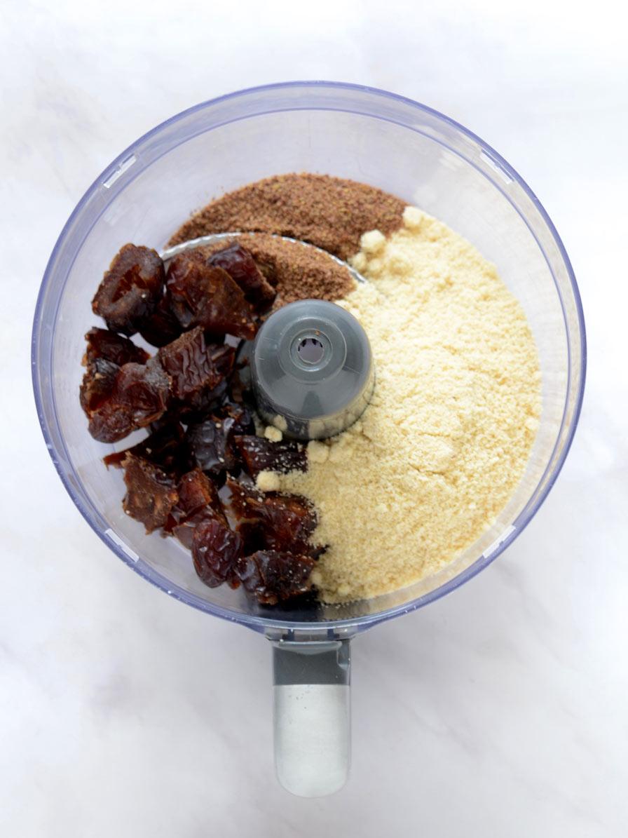 עוגת פרג טבעונית בעשר דקות