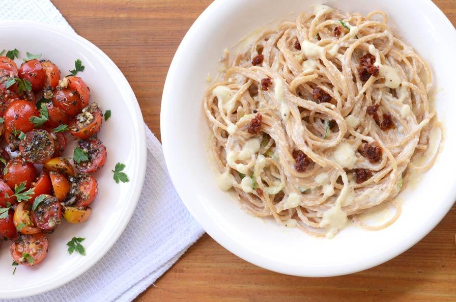 ספגטי קישואים ברוטב שמנת מוקרם טבעוני