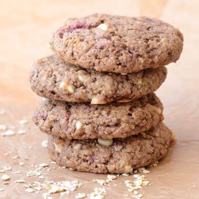 עוגיות טבעוניות פטל ושוקולד לבן
