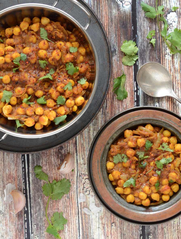 צ׳אנה מסאלה תבשיל הודי טבעוני מסורתי