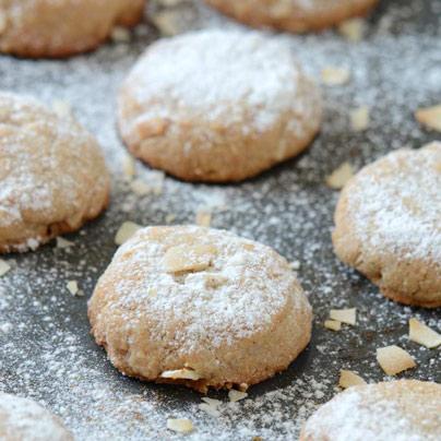 עוגיות קוקוס טבעוניות ללא גלוטן