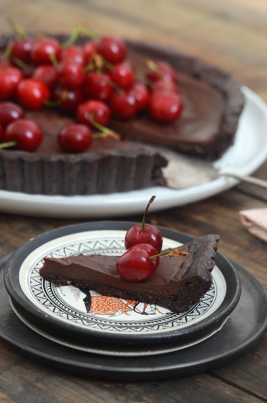 טארט שוקולד ודובדבנים טבעוני