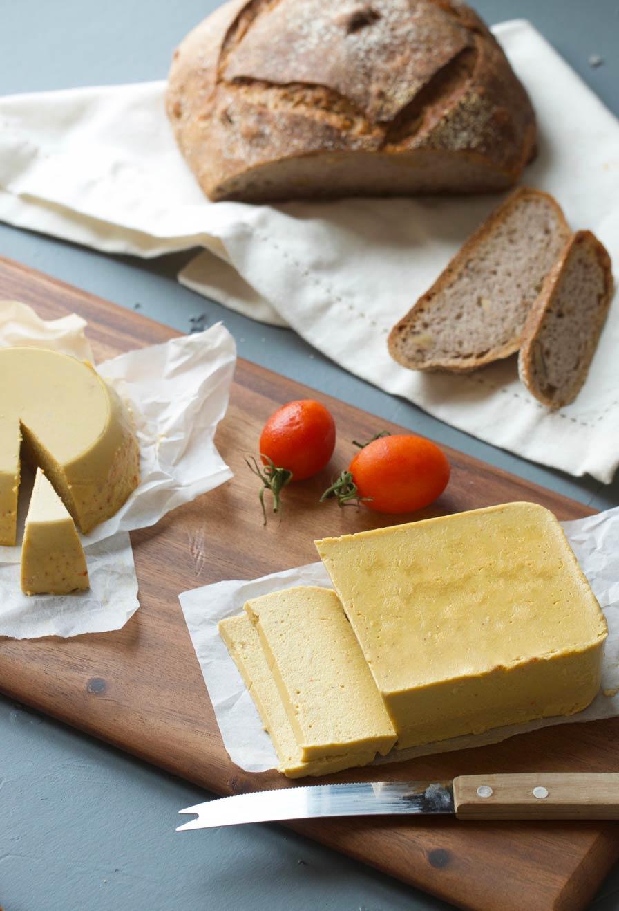 גבינה צהובה טבעונית