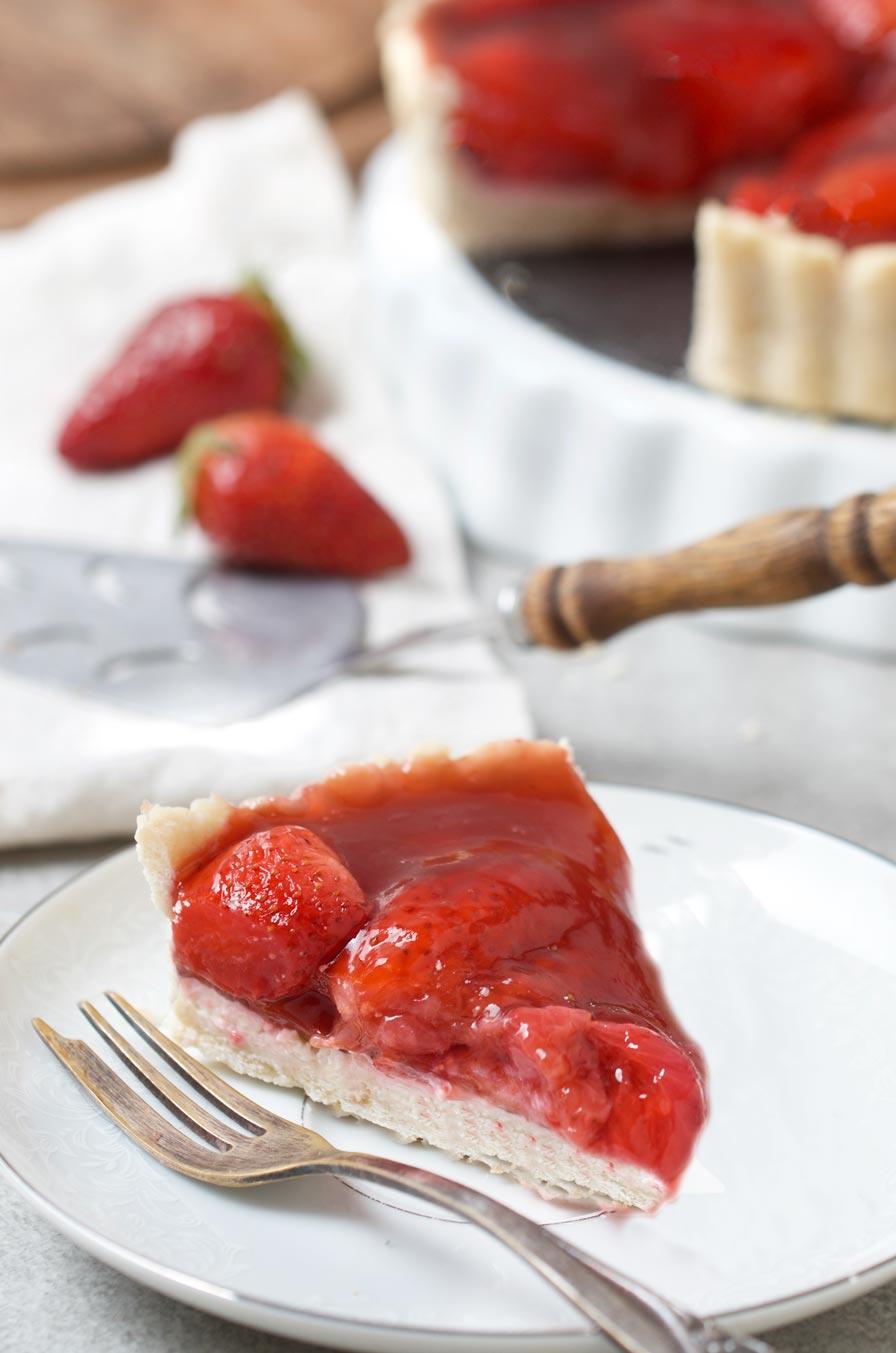 עוגת תותים וגבינה טבעונית