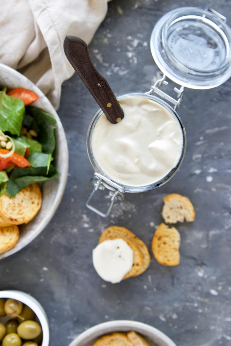 גבינה לבנה טבעונית
