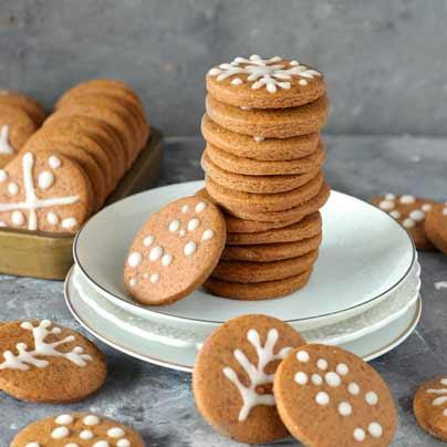 עוגיות ג׳ינג׳ר טבעוניות
