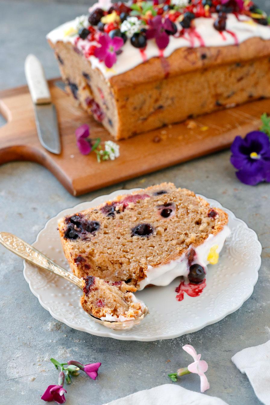 עוגת אוכמניות בחושה טבעונית