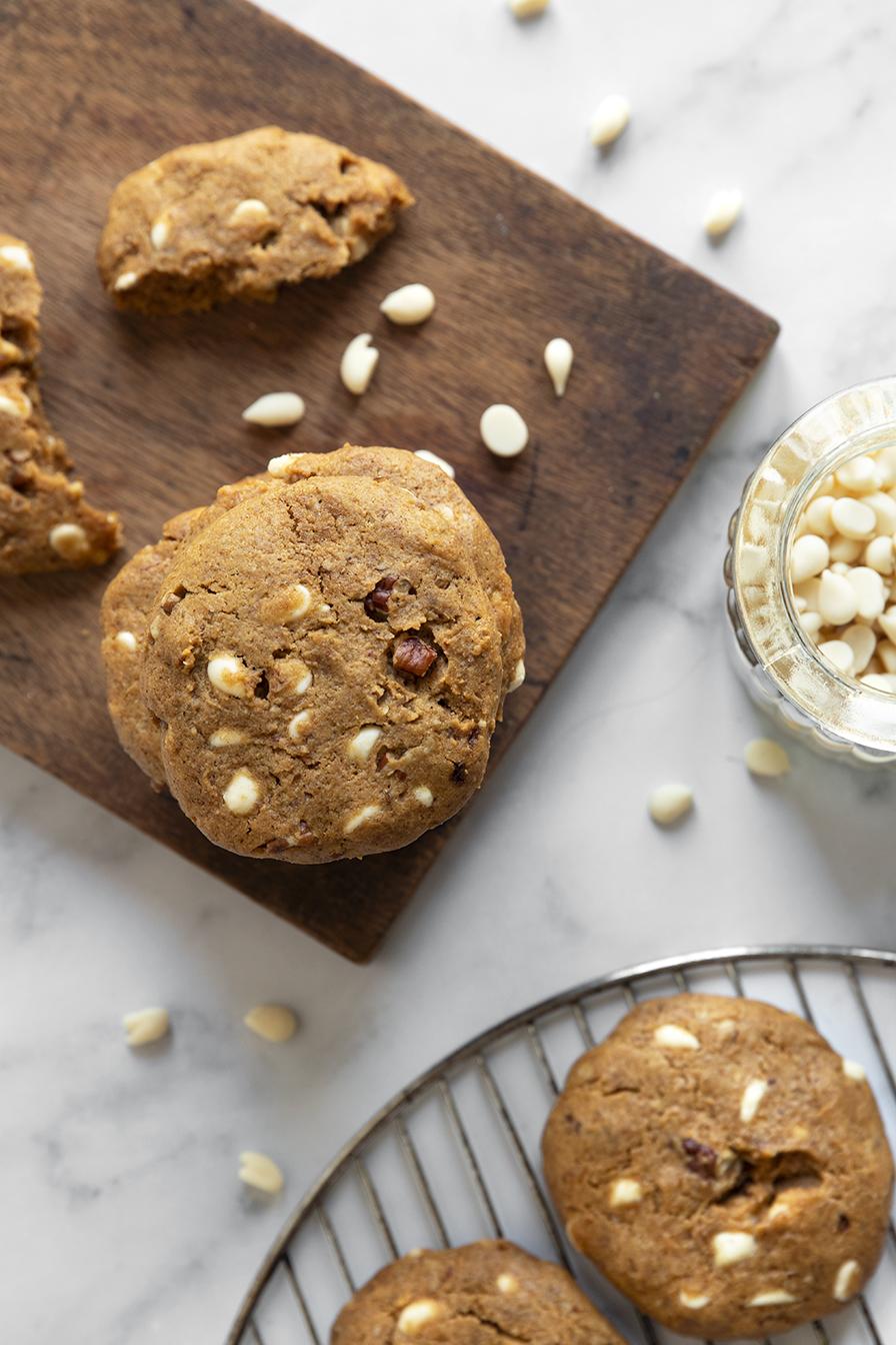 עוגיות שוקולד לבן טבעוניות