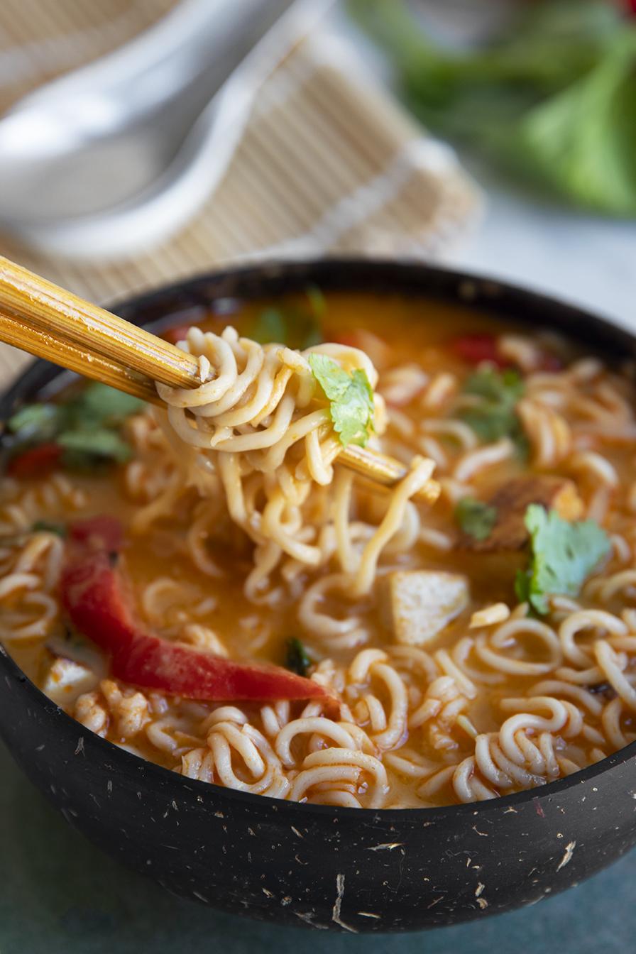 מרק תאילנדי טבעוני