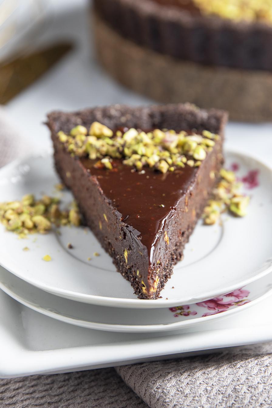טארט שוקולד ופיסטוק טבעוני